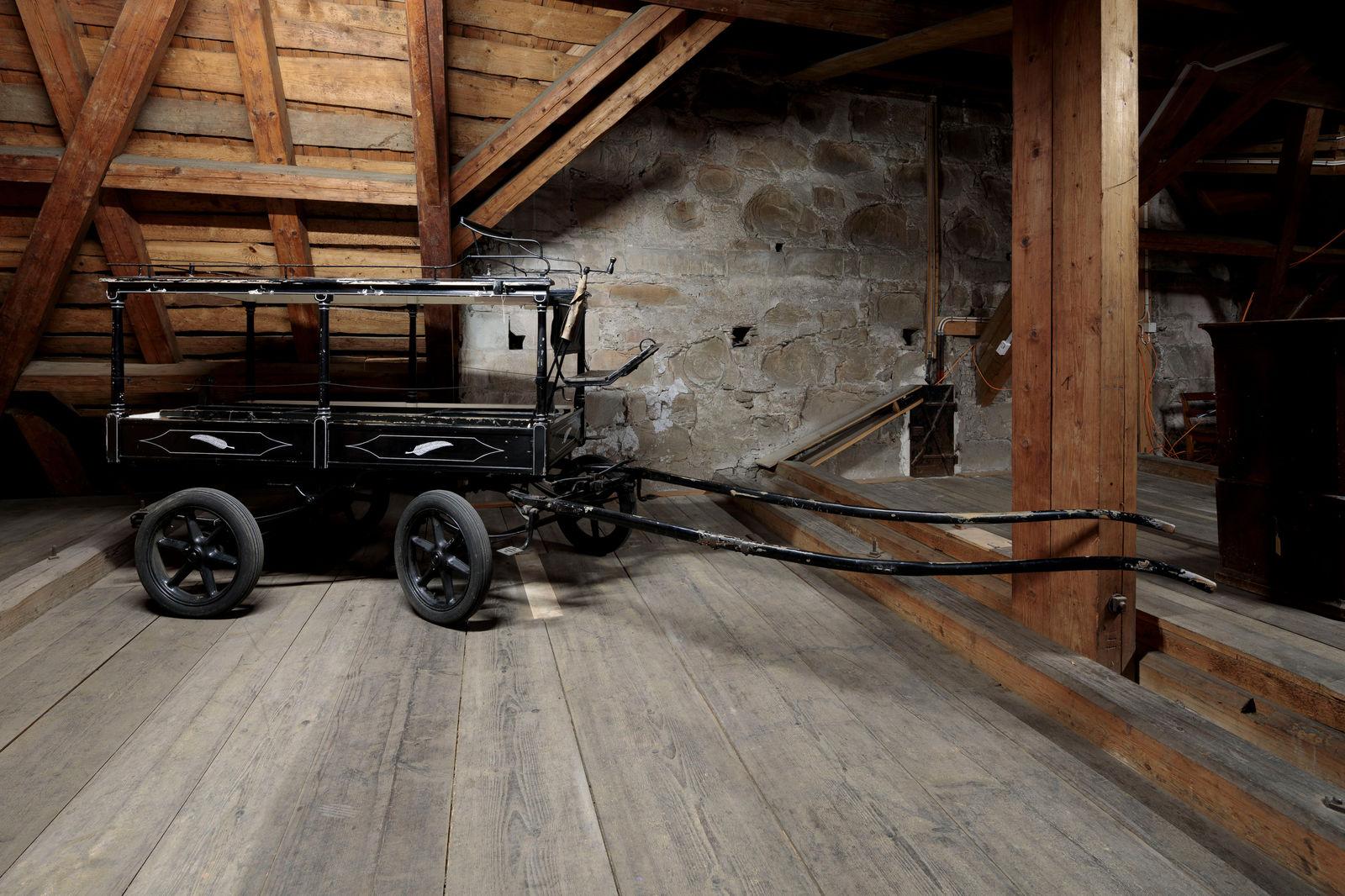 Leichenwagen, Fotografie: Hannes Thalmann