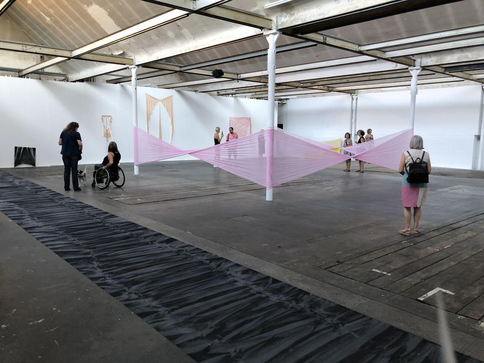 Ansicht Show / Text Mirjam Wanner