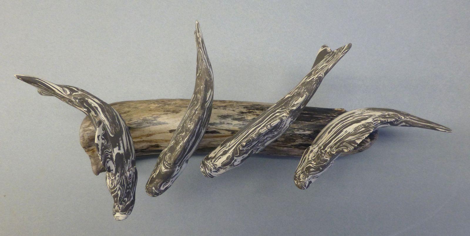 Keramikfische auf Schwemmholz 3 (Neriage)